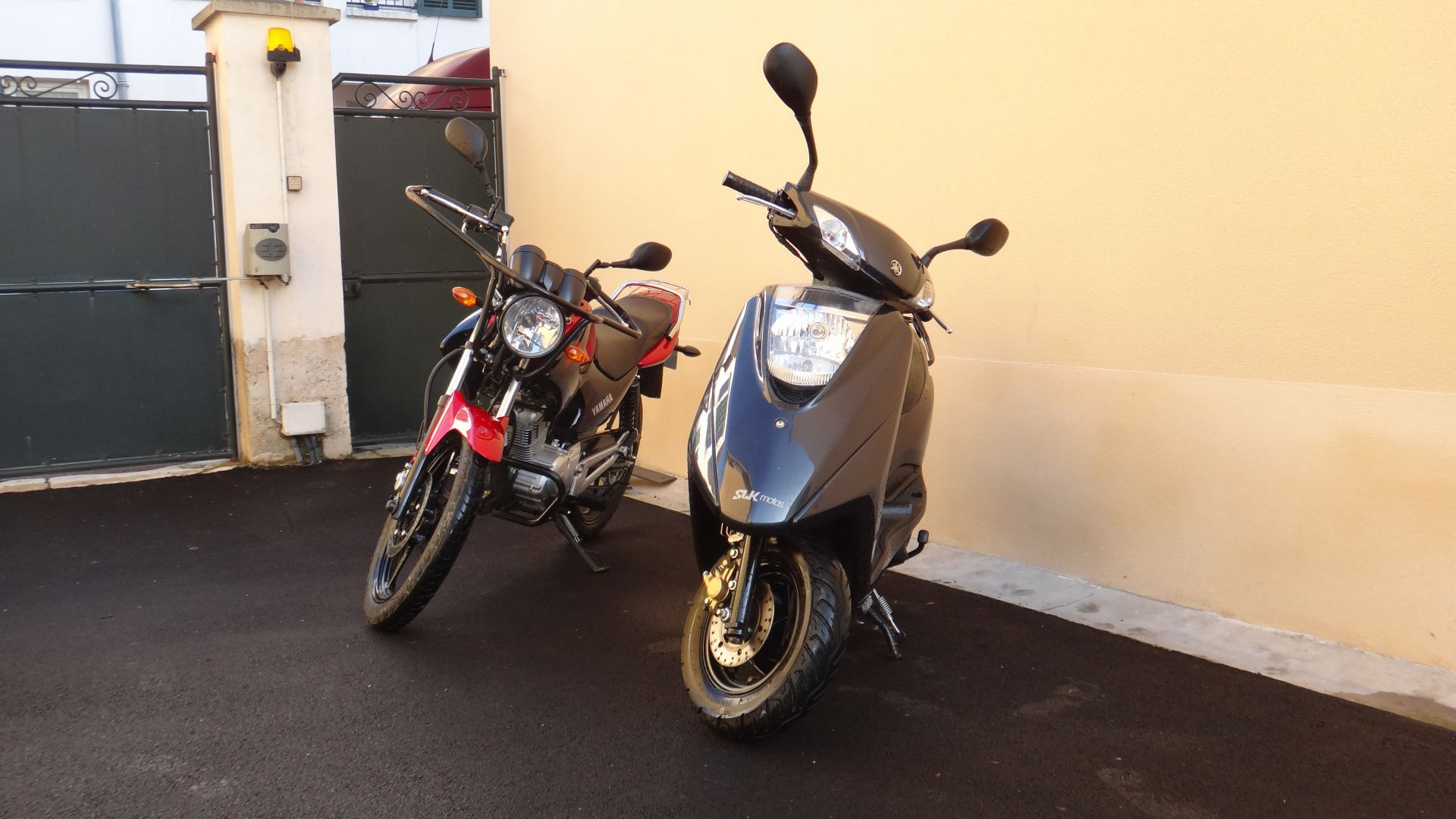 3 Yamaha 125 Permis A1 (YS + Scooter)