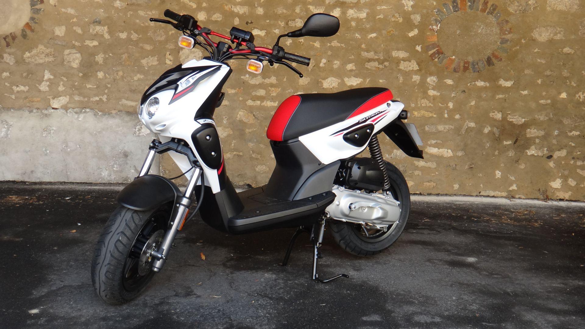 3 Yamaha 50 Slider Permis AM